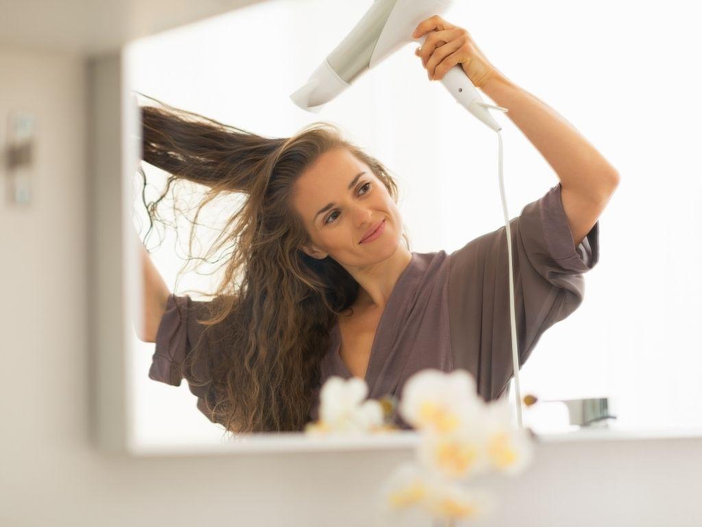 drying hair before straightening